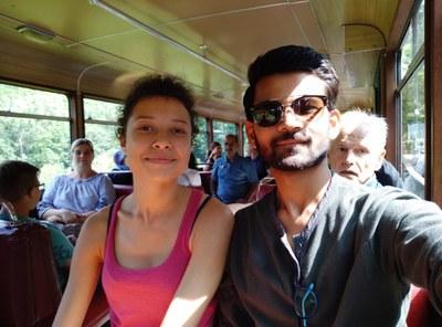 Véronique und ihr bester Freund in Indien